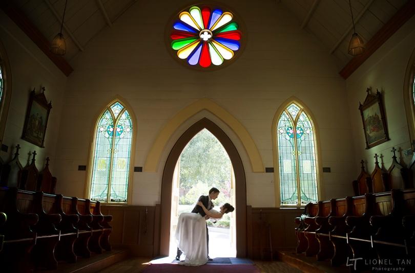 auckland wedding chapel couple dip